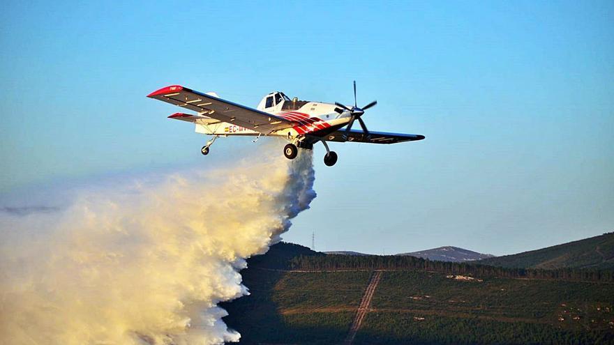Argelia contrata a la filial de Air Nostrum de lucha contra los incendios forestales