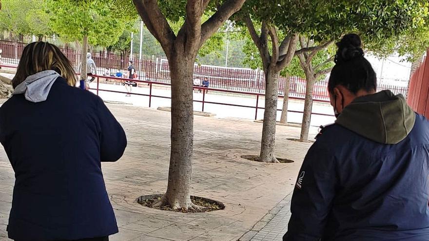 Empleados del Ayuntamiento de Elche denuncian ante Trabajo retrasos en la entrega del vestuario