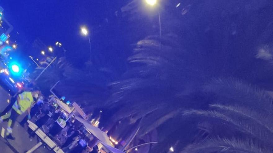Un vehículo fuera de control arrolla al menos a siete personas en una terraza