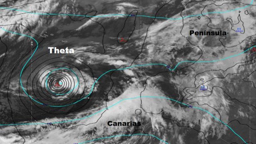 La llegada de 'Theta' provoca la alerta máxima por viento
