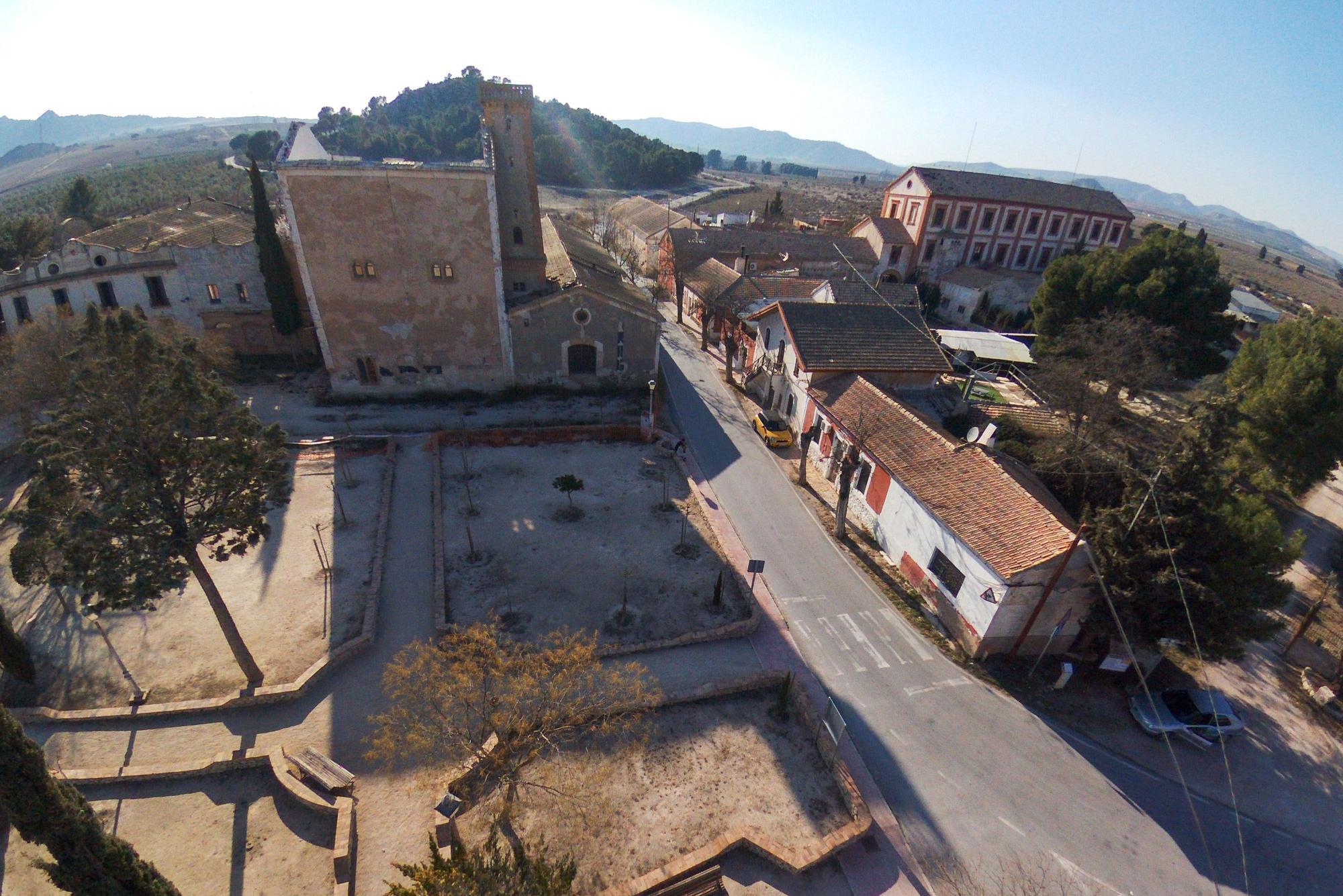 Así es la Colonia de Santa Eulalia, el pueblo donde se graba 'L'Alqueria Blanca'