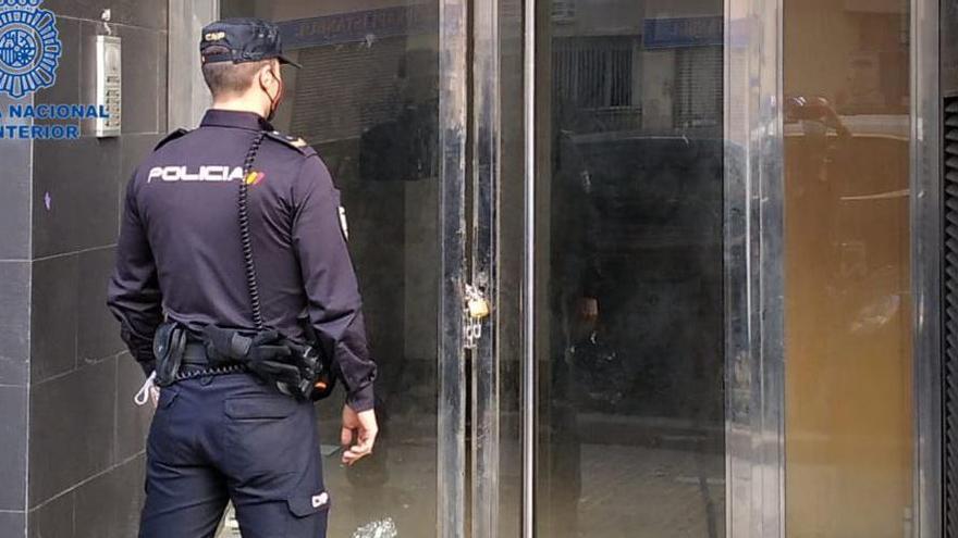 Acht Hausbesetzer wegen Sachbeschädigung festgenommen