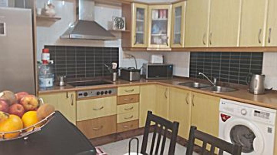 185.000 € Venta de dúplex en Tamaraceite (Las Palmas G. Canaria), 3 habitaciones, 2 baños...