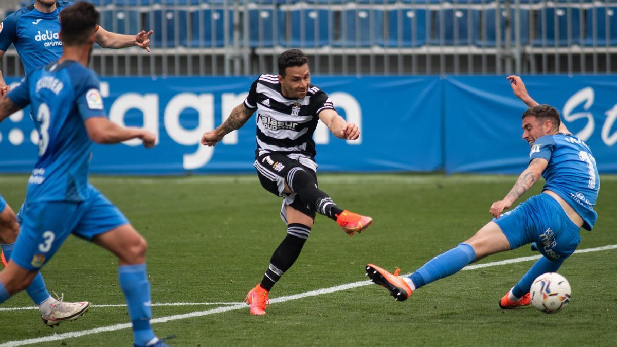 Rubén Castro marcó su décimo quinta diana en el encuentro del domingo ante el Fuenlabrada pero no fue suficiente para su equipo, que perdió 2-1.
