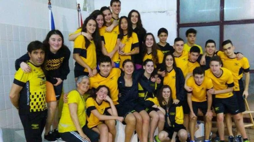 El Liceo, campeón gallego infantil y subcampeón júnior