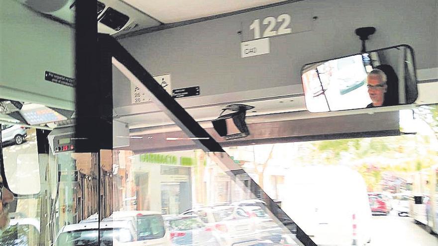 Palmario | Denuncian que un chófer de la EMT no llevaba mascarilla
