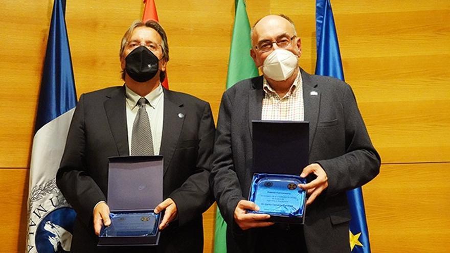 Los catedráticos Carlos Camacho y Javier López reciben el Premio Carlomagno 'Investigador de la UMA'