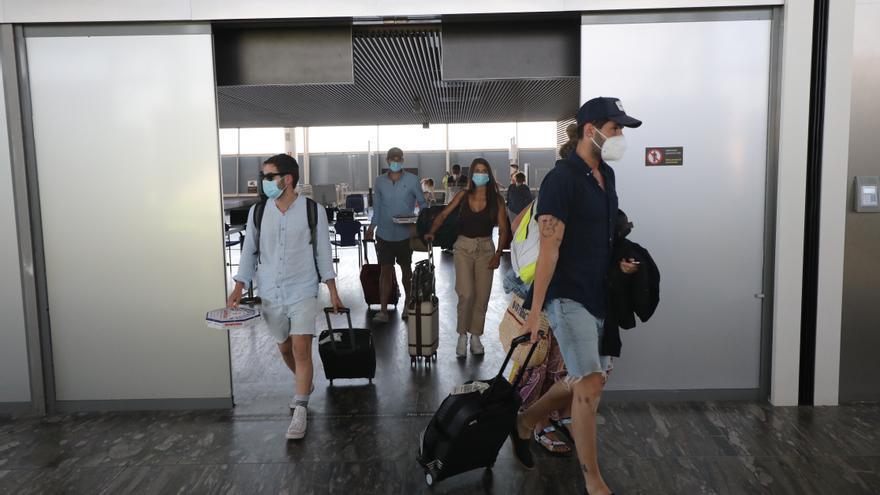 El aeropuerto de Zaragoza, 'aeropuerto seguro' según las autoridades aeroportuarias