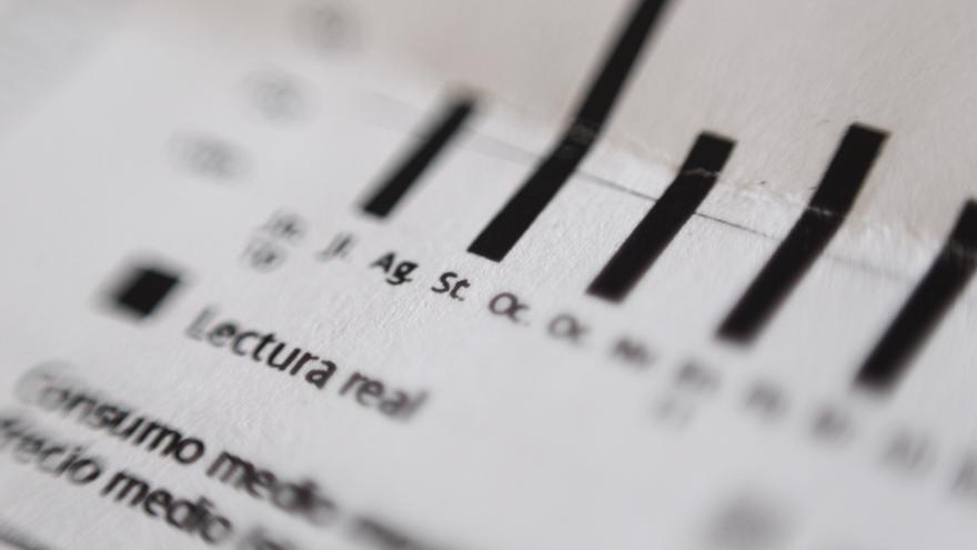El preu de la llum cau aquest dissabte un 6%, fins als 110,14 euros/MWh