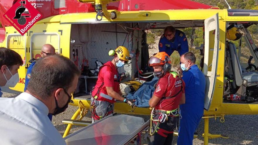 Fallece un escalador tras despeñarse 30 metros en el Puig Campana