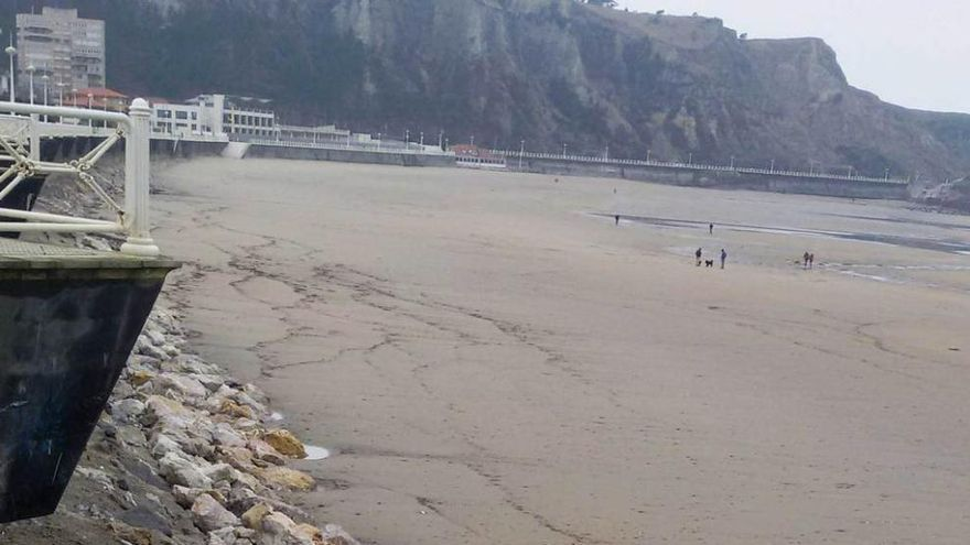 En vigor la suspensión de licencias urbanísticas en la playa de Salinas