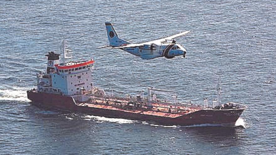 Salvamento ensaya en Canarias el rescate con drones