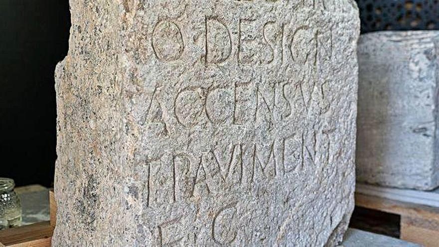 Cartagena recupera dos pedestales romanos tras 134 años en Madrid