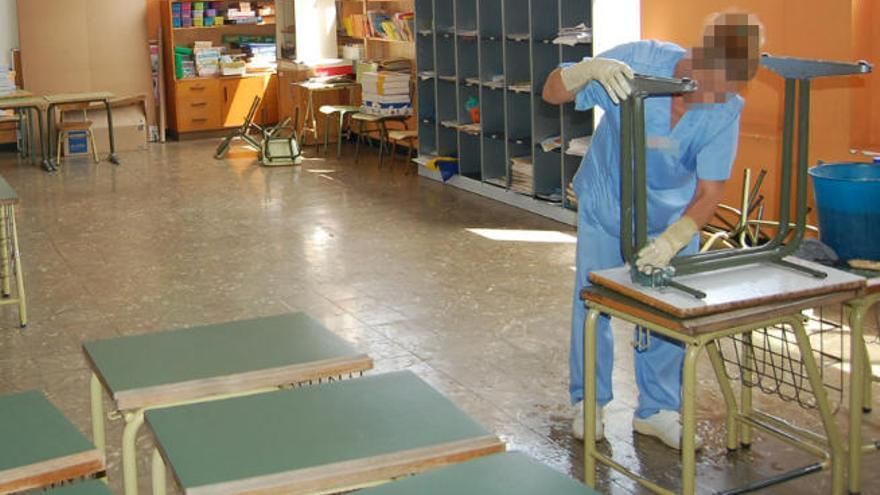 Canarias avala la adjudicación de la limpieza de los colegios públicos