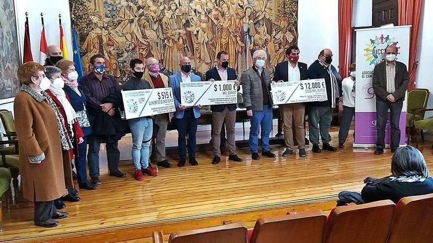 Unidos Contra el Cáncer recauda en 4 años más de 55.000 euros para la investigación