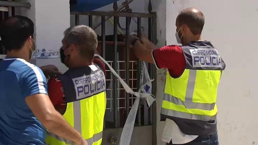 Dos detenidos en Jerez tras el hallazgo del cuerpo de una mujer en un contenedor