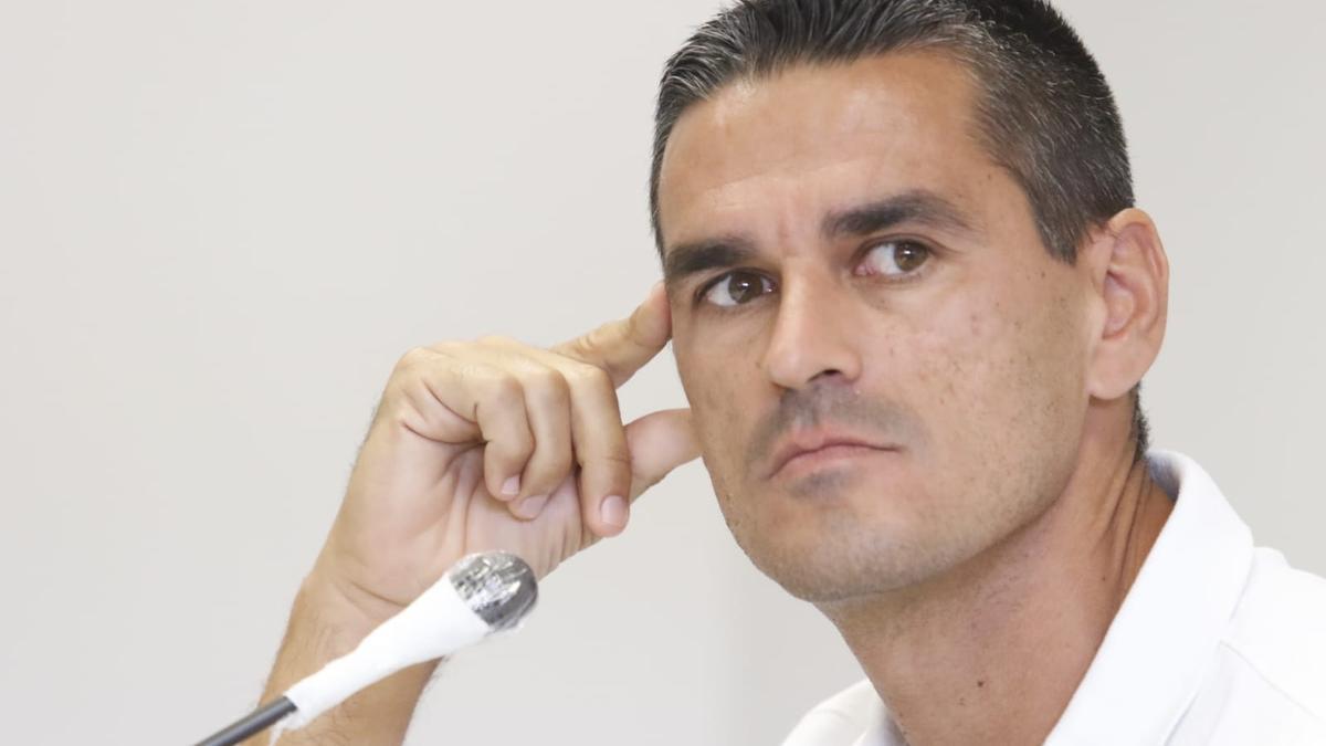 Juan Gutiérrez 'Juanito', hoy en la sala de prensa de El Arcángel.