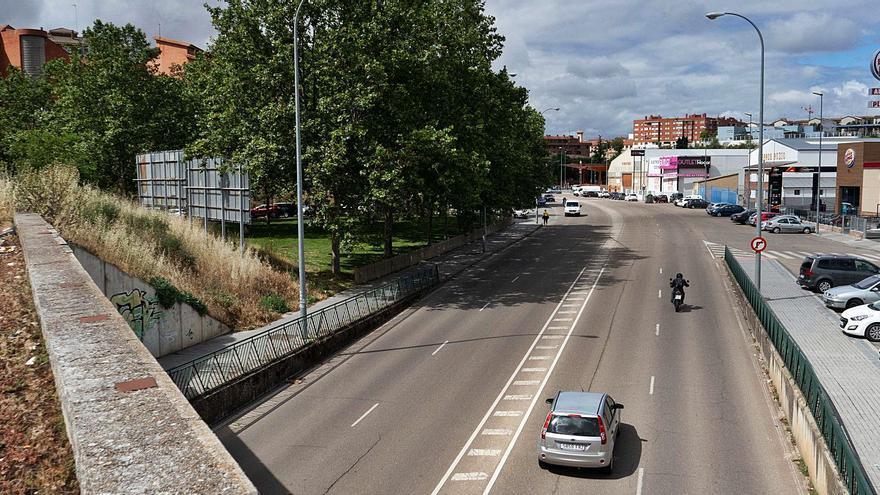 Zamora eliminará carriles en la calle de Villalpando para reducir la velocidad