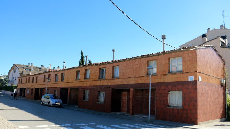 Calaf cedirà dues de les antigues Cases dels Mestres en règim de masoveria urbana