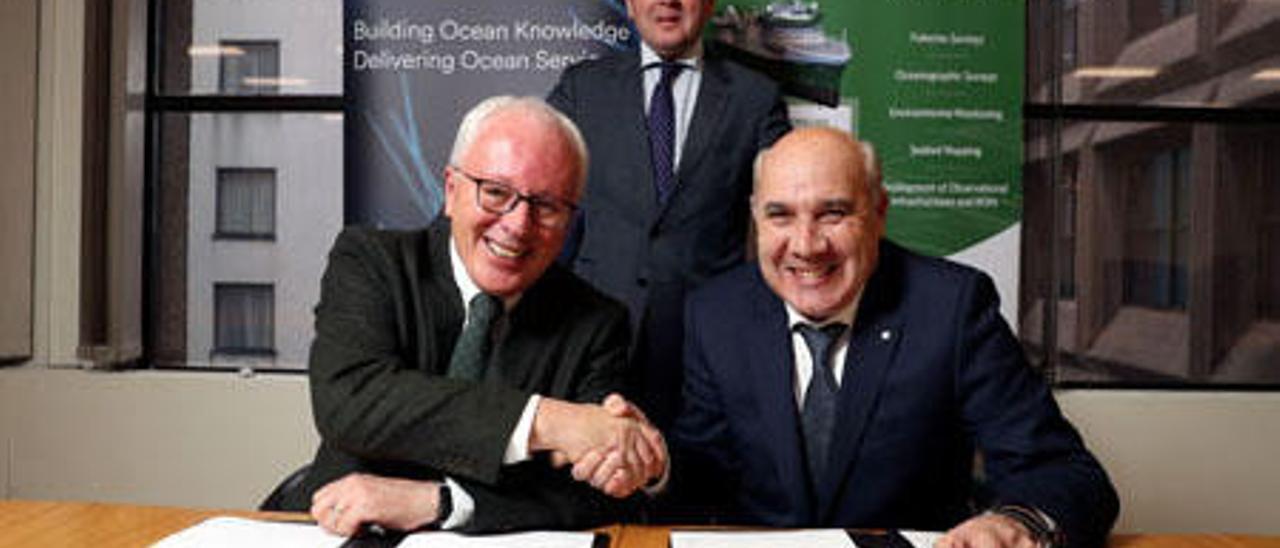 Firma del acuerdo para construir el buque oceanográfico // Marine Institute