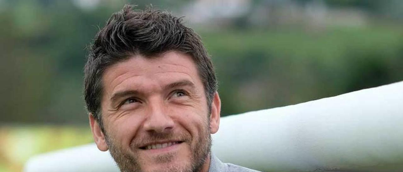 Samuel Baños, entrenador del Lealtad.