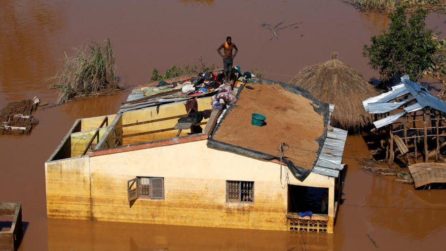 Suben a 417 los muertos en Mozambique por el ciclón Idai
