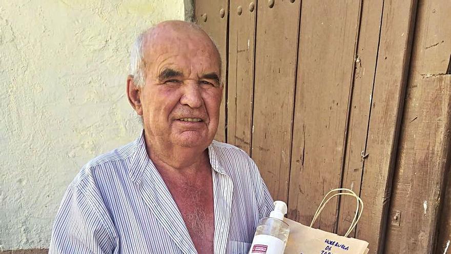 Las asociaciones de jubilados de Zamora reciben solo un bote de hidrogel de la Diputación