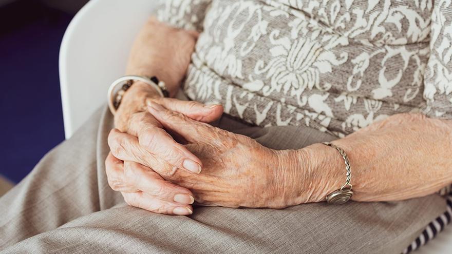 Tres detenidos por robar 120.000 euros a una anciana de 95 años en Valencia