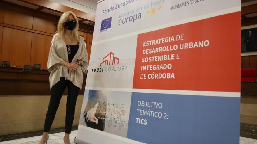 ¿Problemas con la administración electrónica? Llame, escriba o chatee con el Ayuntamiento de Córdoba