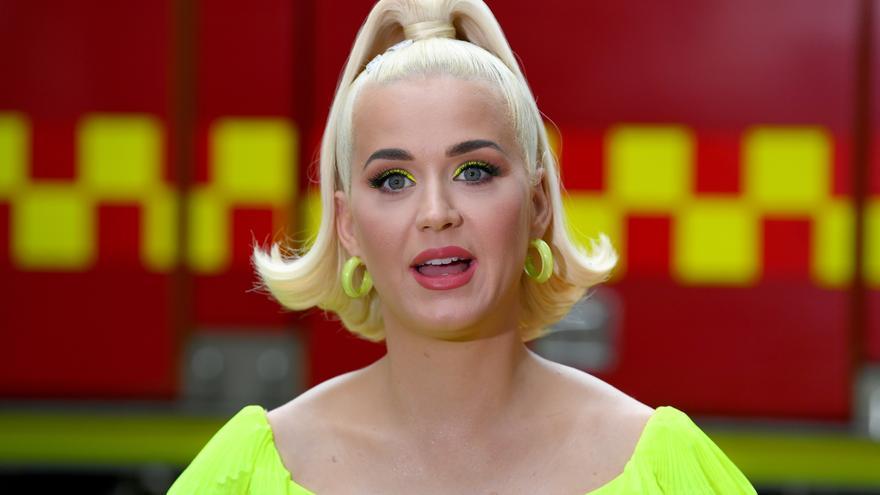 Katy Perry hace suyo uno de los clásicos de The Beatles