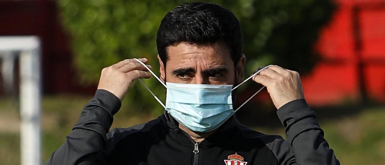 David Gallego, en un entrenamiento con el Sporting