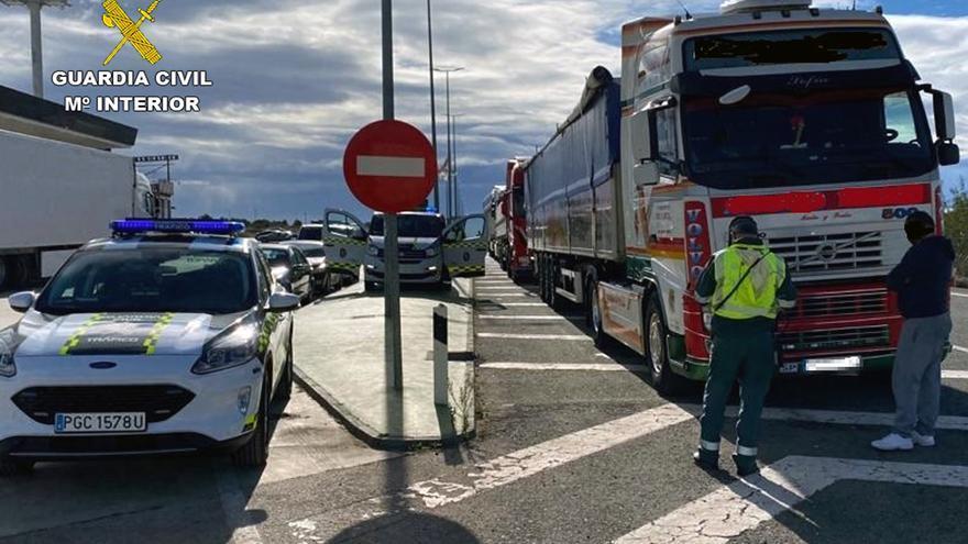 Investigan a un conductor profesional de Lorca por falsificar el Certificado de Aptitud
