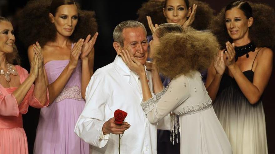 Luto en la moda española tras la muerte del cordobés Elio Berhanyer