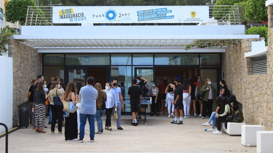 Santa Eulària inaugura el nuevo Punt Jove