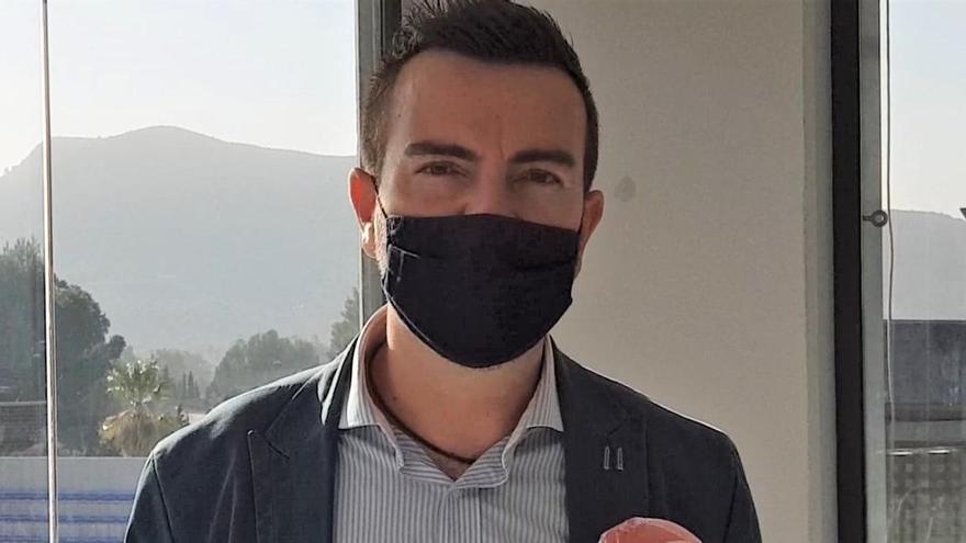"""Fernando Gómez: """"Mientras Pedrosa hace el ridículo en Madrid seguimos solucionando sus desastres en Elda"""""""