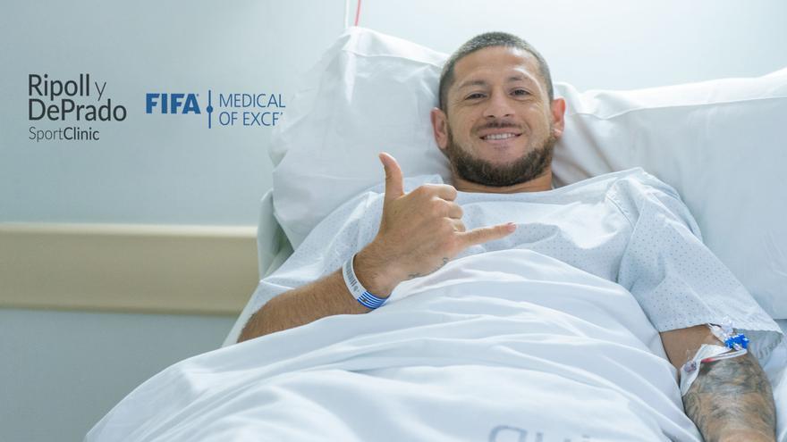 Acuña estará cinco meses de baja tras ser intervenido por Ripoll de su lesión en la rodilla