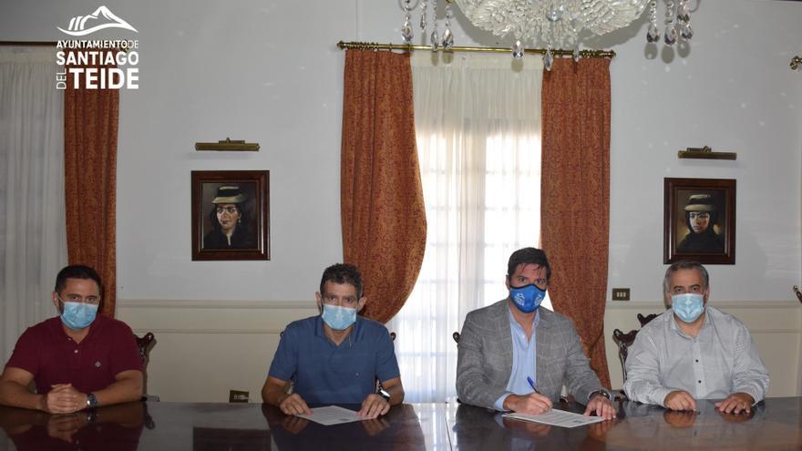 El Alcalde firma la prórroga del contrato con Entemanser por un período de 5 años más