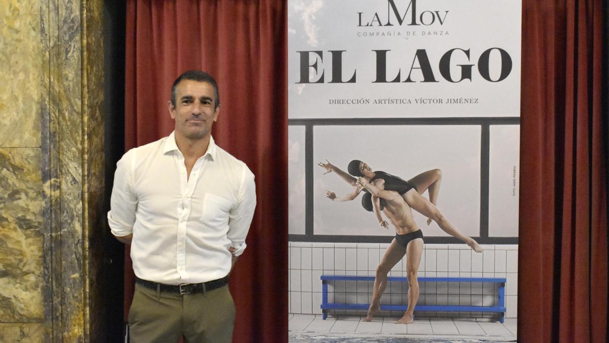 Víctor Jiménez, esta mañana, en el Teatro Principal de Zaragoza.