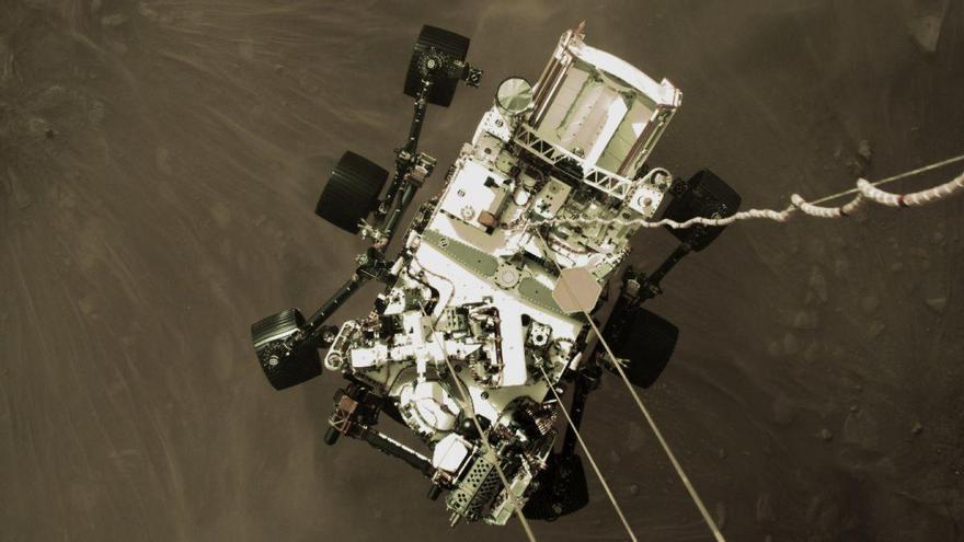 'Perseverance' envía su primer 'selfie' en Marte