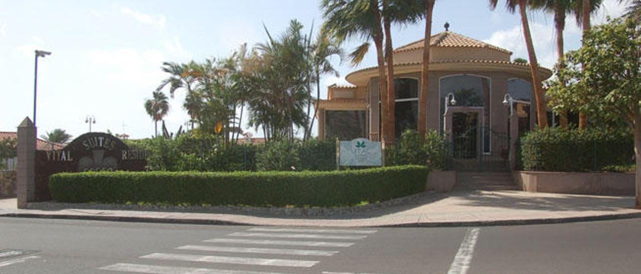 Fachada de Vital Suites Residencia, Salud & Spa, ubicado en Playa del Inglés, municipio de San Bartolomé de Tirajana.