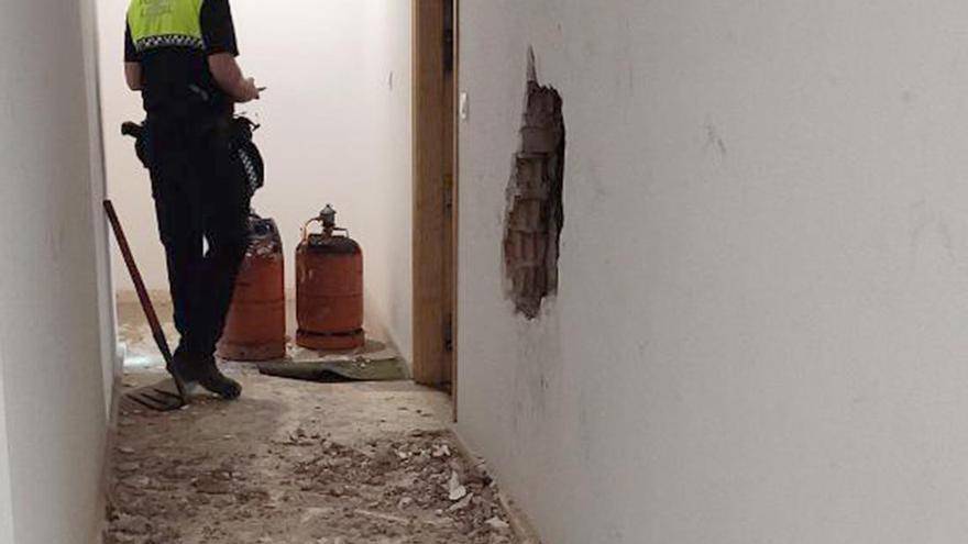 Detenido tras prender fuego a una casa de Elda con tres bombonas de butano abiertas