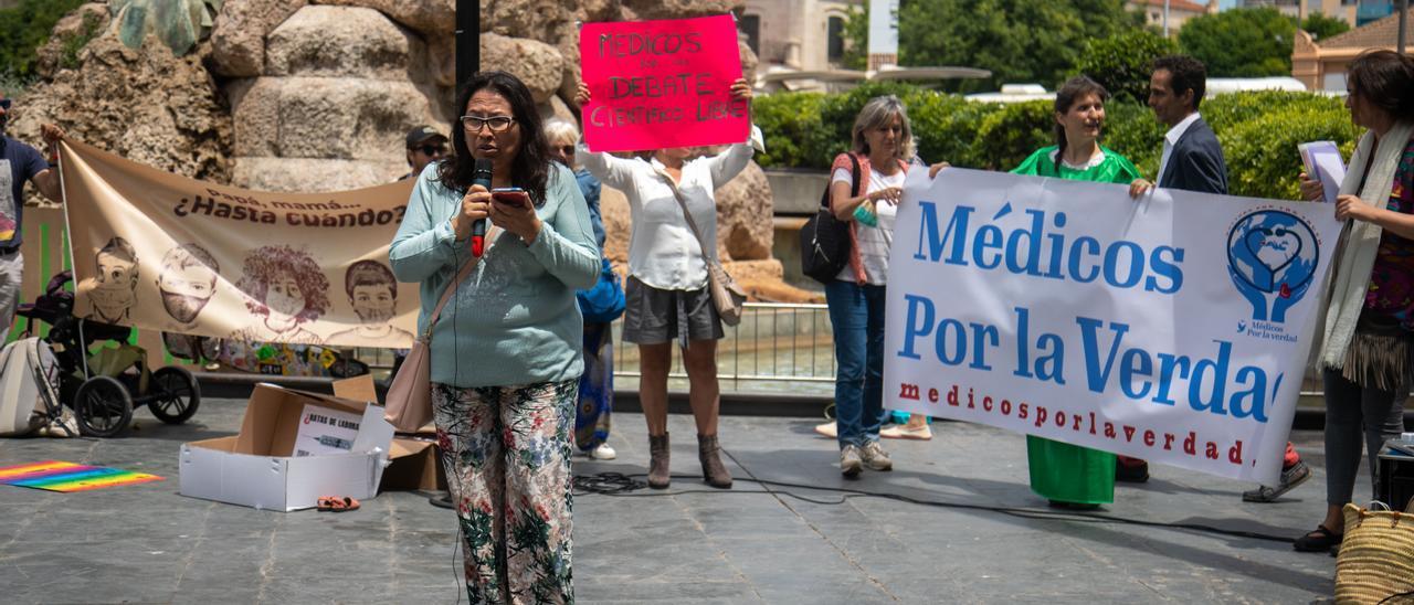 Marcela Rodríguez, el jueves en la protesta negacionista en Palma.