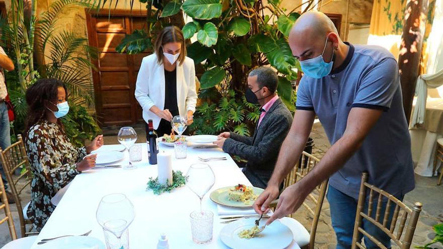 Extremadura mantiene el límite de 10 personas en las reuniones privadas porque lo avala el TSJEx