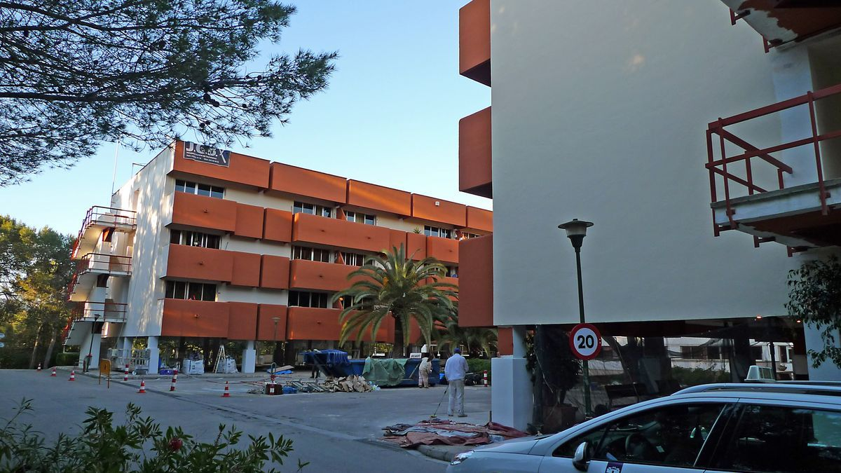 La residencia de la Bonanova, gestionada por el Consell con cerca de 400 residentes, ya exige el certificado covid.