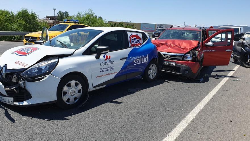 Ocho heridos en dos accidentes múltiples a la altura del Puente de Andalucía