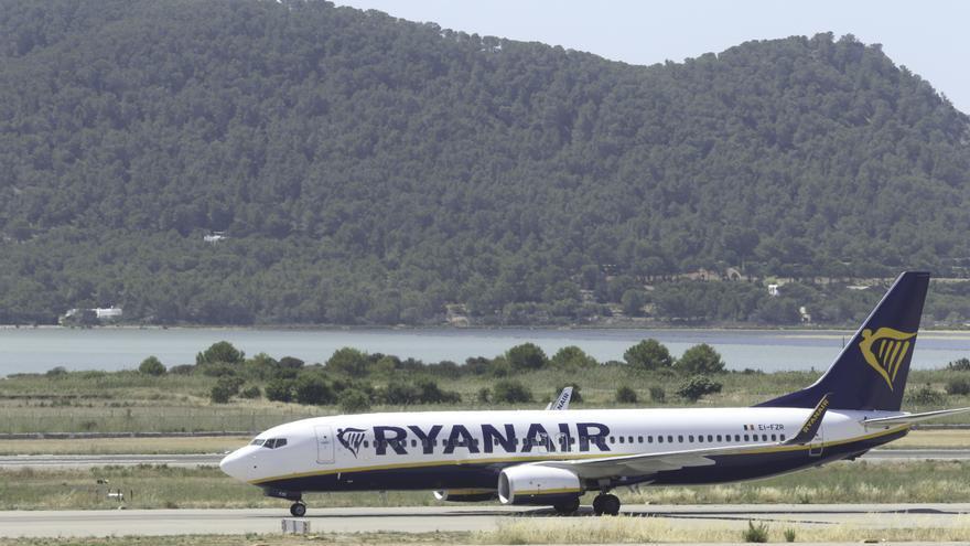 Ryanair pone a la venta viajes a Ibiza a partir del 28 de marzo