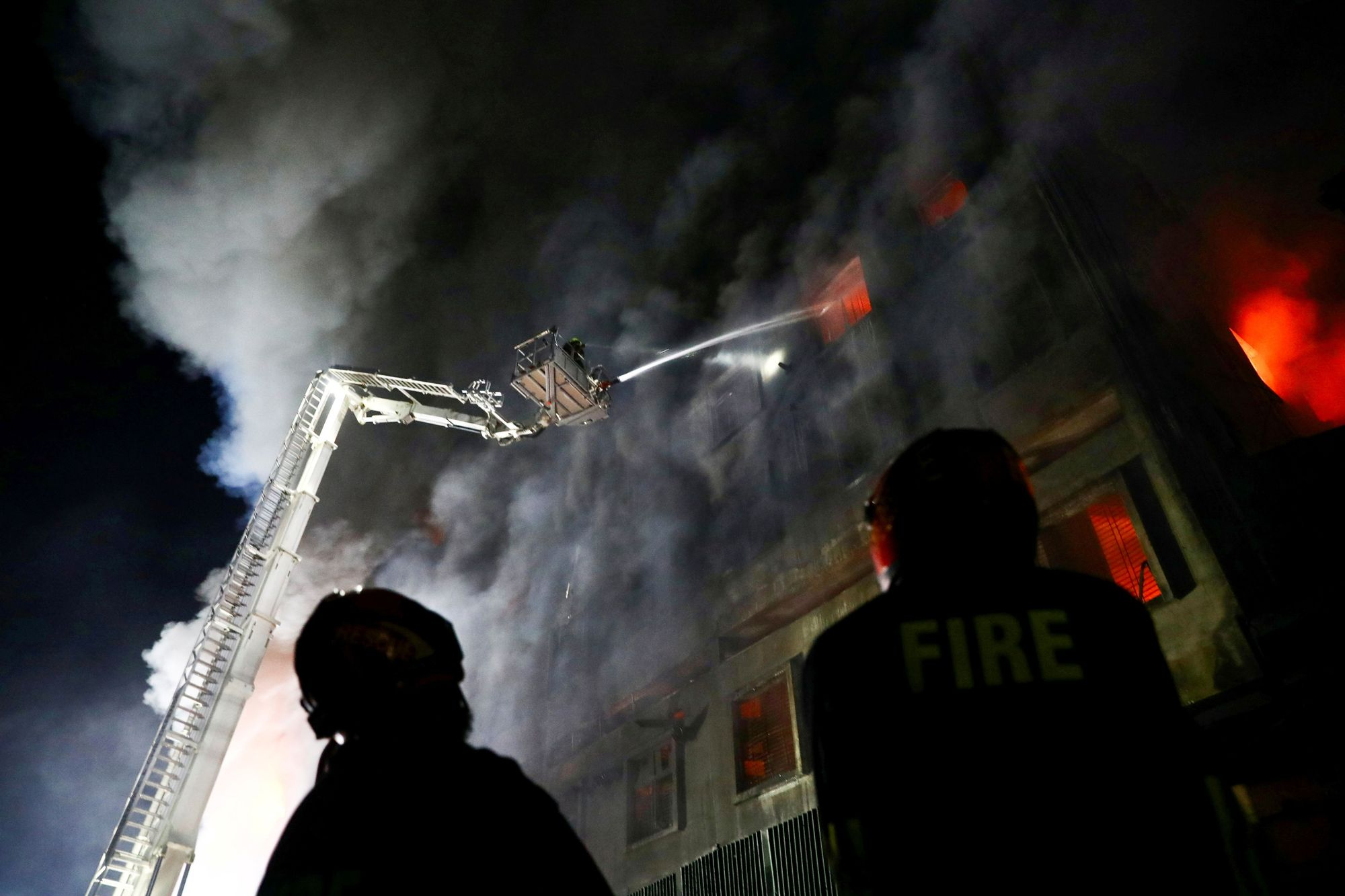 Fire at a factory na (117416824).jpg