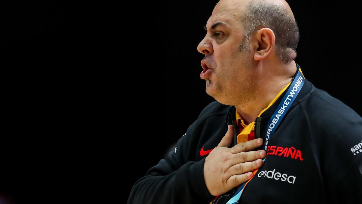 Lucas Mondelo, seleccionador español de baloncesto femenino,