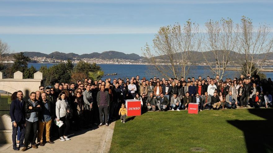 """Denso Vigo hace """"piña"""" con una reunión de 200 personas"""