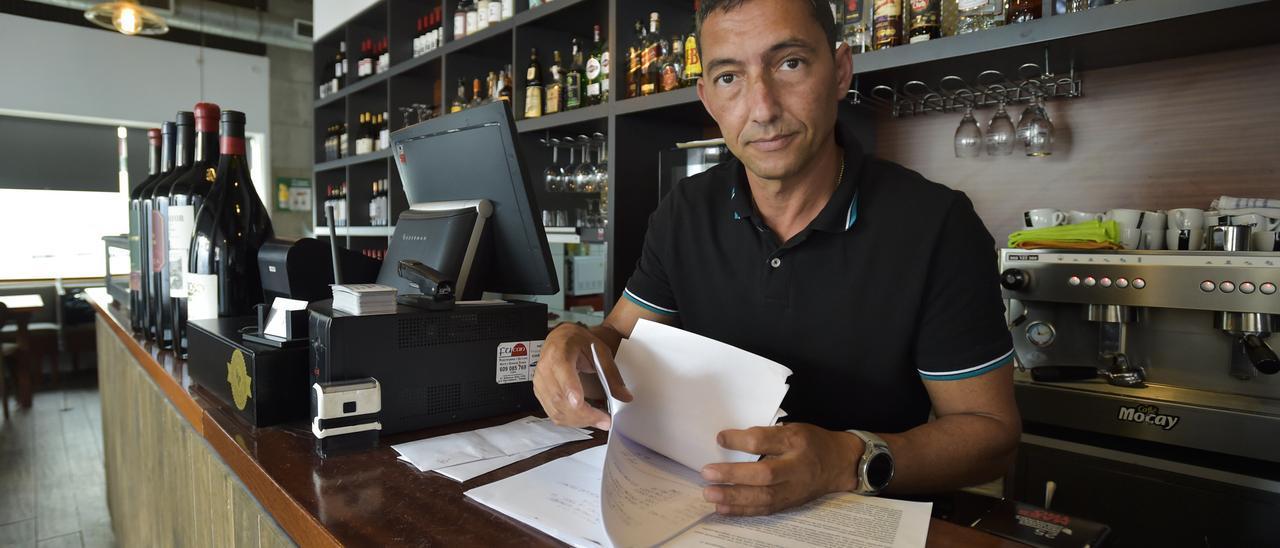 Agustín Camacho, ayer, en el restaurante 'Don Quixote'.